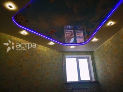 натяжной потолок с подсветкой 1-2