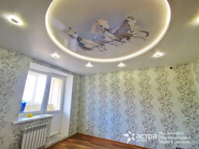 Двухуровневый натяжной потолок с подсветкой Калуга 1-1